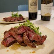 牛ランプ肉のステーキと赤ワインの最強ペアリング!エクセレンスが焼きます。【ステーキ焼き方】