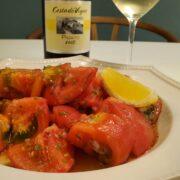 トマトそのままサラダのレシピとワインのペアリング