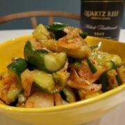 袋叩きは優しく!胡瓜とキムチの美味しいレシピとワインのペアリング